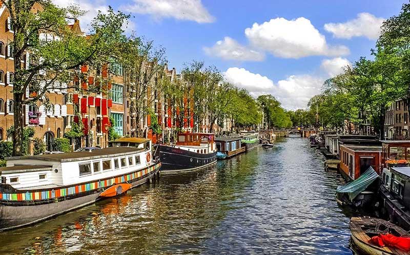 Contra-expertise in Amsterdam nodig? Wij komen bij u op locatie.