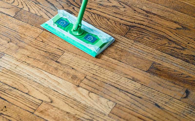 Onderhoud aan uw houten vloer en laminaat